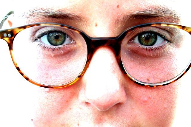 eye-122707_640.jpg